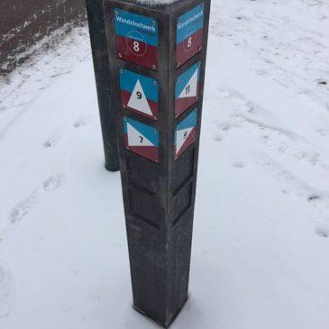 Het eerste wandelknooppunt paaltje in Loppersum. …